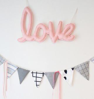 {린넨러브가랜드}Linen LOVE Cushion Garland_Peach Pink